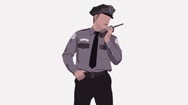 人がめった刺しにされてるのに全然助けない警察官(動画)