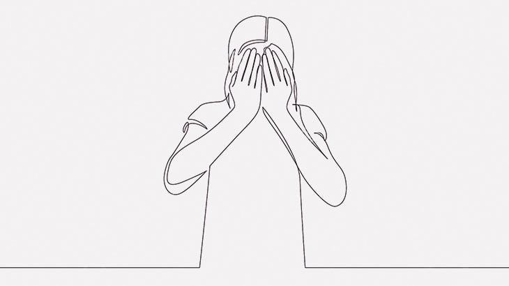 酔っ払った女性、橋の上から身を投げて自殺してしまう(動画)