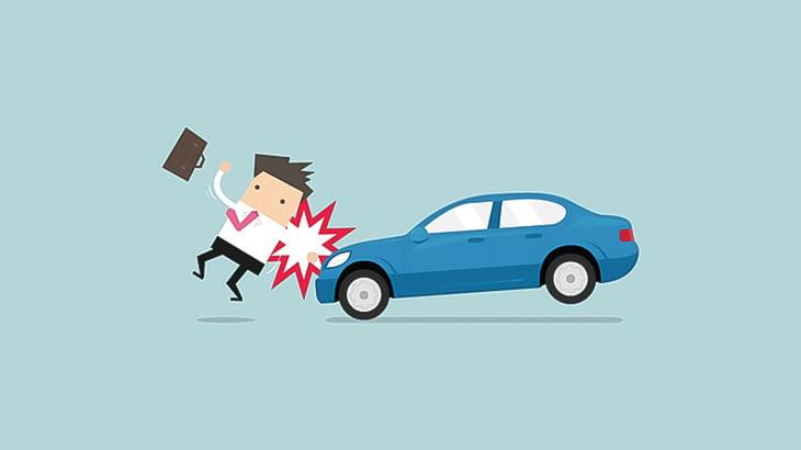 イカれた男さん、人間を車で何度も轢いて殺してしまう(動画)