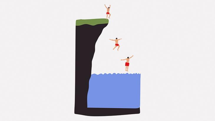 海に飛び込んだ男、ピクリとも動かなくなってしまう(動画)