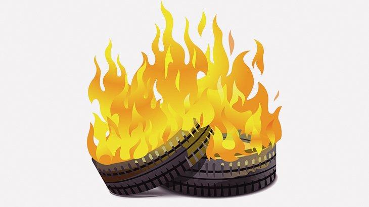 【閲覧注意】タイヤに挟まって燃やされる男(動画)