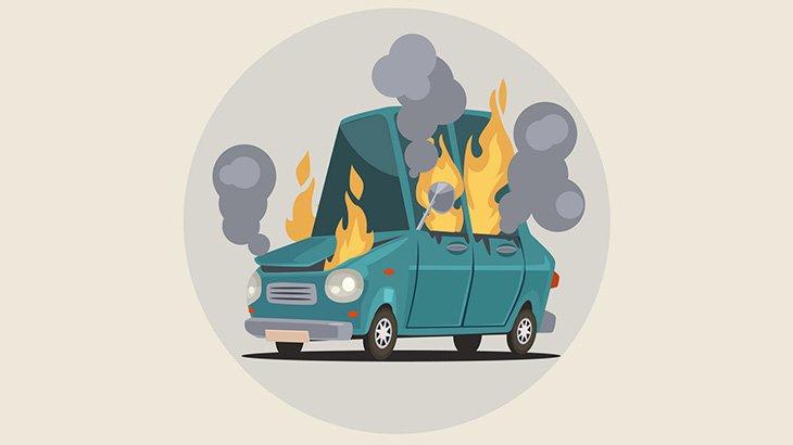 【閲覧注意】事故で炎上した車のドライバー、頭蓋骨がむき出しになってしまう・・・(動画)