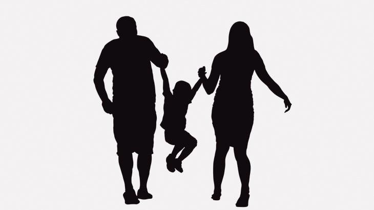 【閲覧注意】父親、母親、幼い男の子が首吊って死んでる・・・(動画)